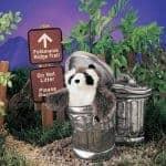 folkmanis_Raccoon_in_Garbage_Can_puppet_2321.jpg